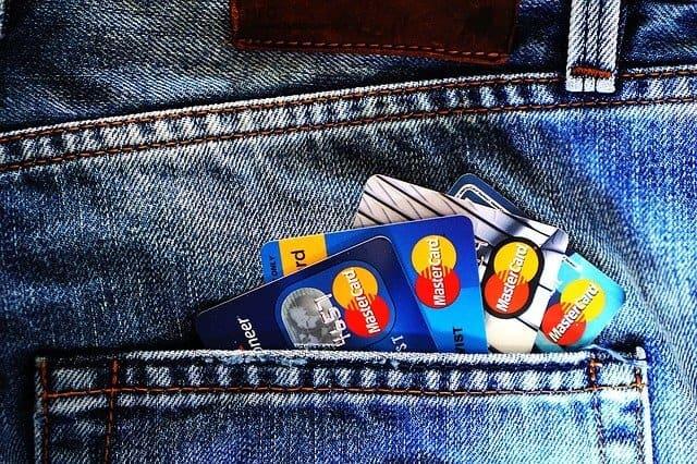 credit cards 1583534 640 1 - דף הבית החדש